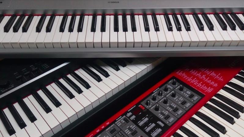 おすすめ 電子 キーボード 電子キーボードおすすめ4選! ピアノ練習にも使える賢い選び方とは?
